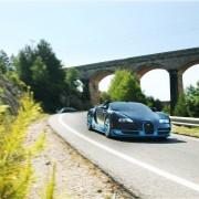 2013-Bugatti-Veyron-Grand-Sport-Vitesse-front-three-quarter-static