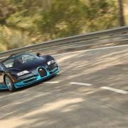 2013-Bugatti-Veyron-Grand-Sport-Vitesse-front-three-quarter-turn