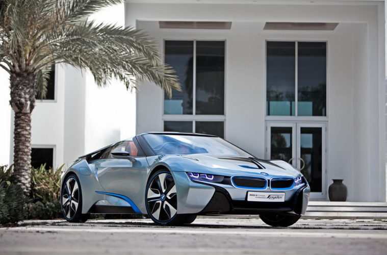 BMW-i8-Concept-Spyder-front-three-quarter