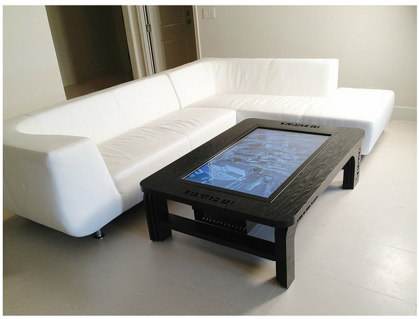 Mozayo Interactive Multi-Touch Table 4
