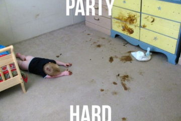 funny-party-hard-baby-diaper