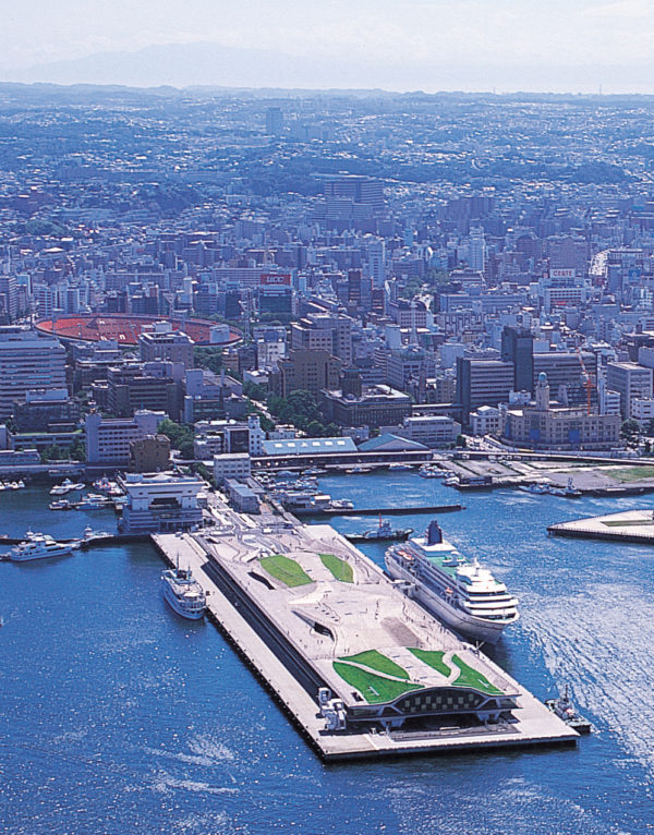 Yokohama Port Terminal Architecture 6