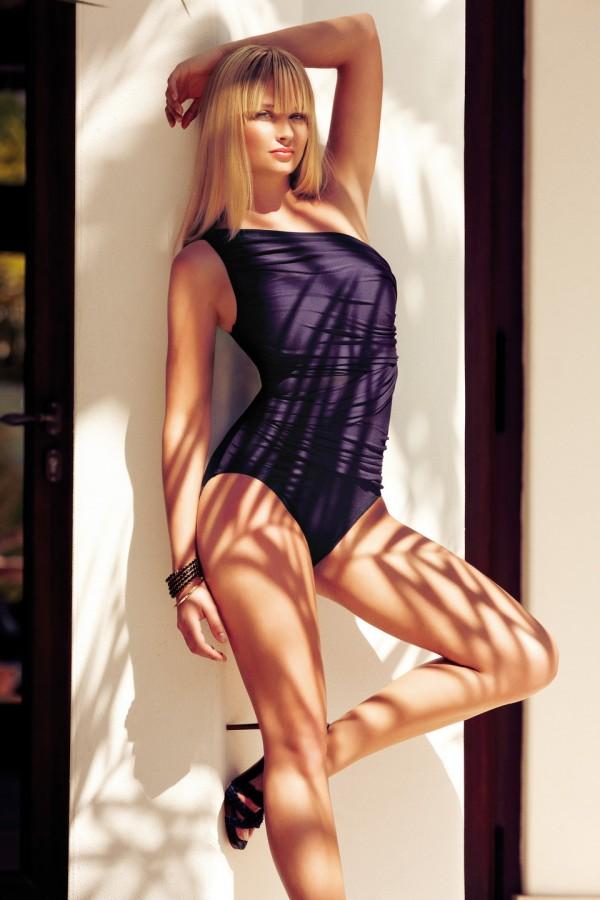 Genevieve Morton Sexiest Photo 12