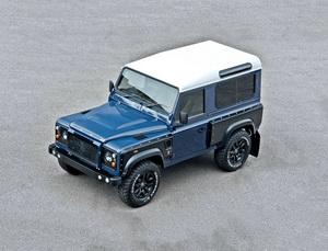 Land-Rover-Defender-9