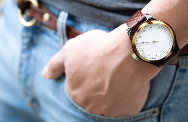 Pe ce mana se poarta ceasul