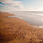Impressive Sand Drawings...