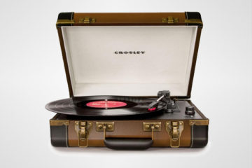 Executive-Turntable-by-Crosley