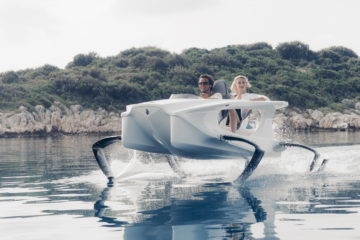 Quadrofoil Electric Watercraft 3