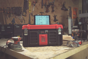 Red-iPad-Stand-coolbox