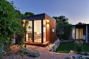 Backyard Office cooba-side-cedar-next-to-house