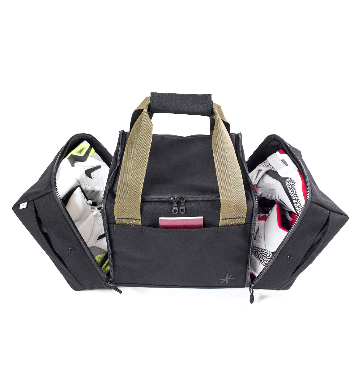 56f80460a84862 The Shrine Sneaker Luggage Holiday Collection - HisPotion