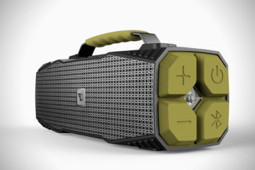 Dreamwave-Survivor-Bluetooth-Speaker-02