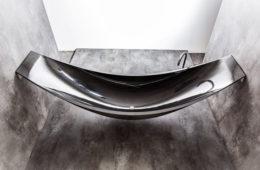 Carbon-Fiber-Vessel-Hammock-Bathtub-by-Splinter-Works-2