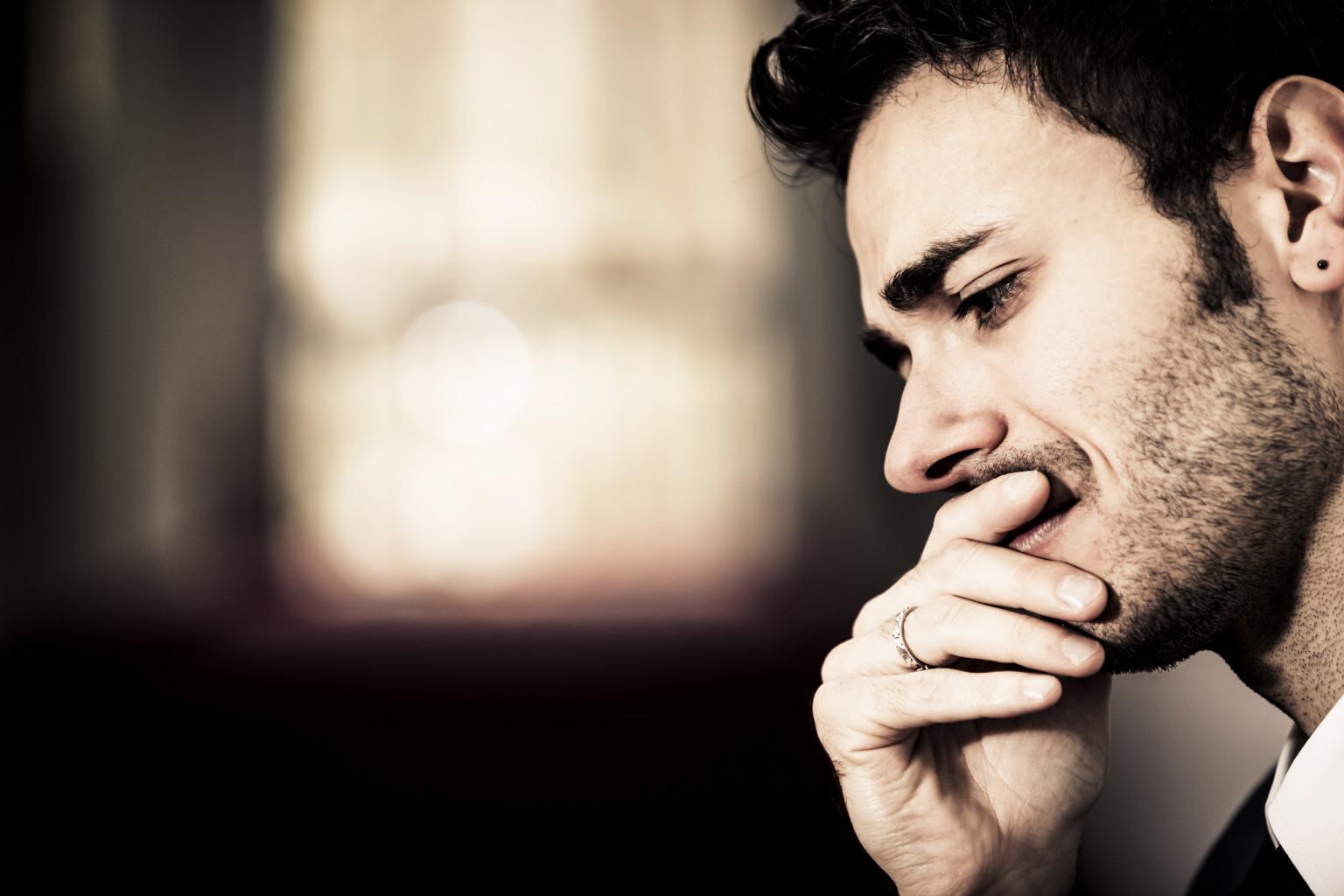 do men hurt after a breakup